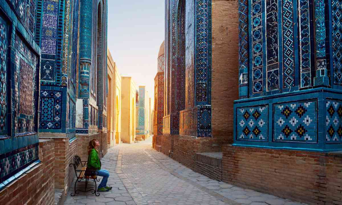 Contemplating another part of Samarkand (Shutterstock.com)