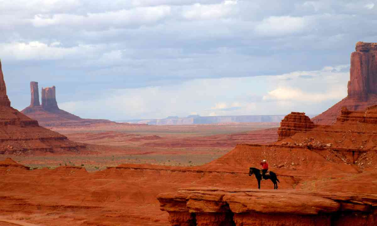 Horse riding in Monument Valley, United States (Shutterstock)