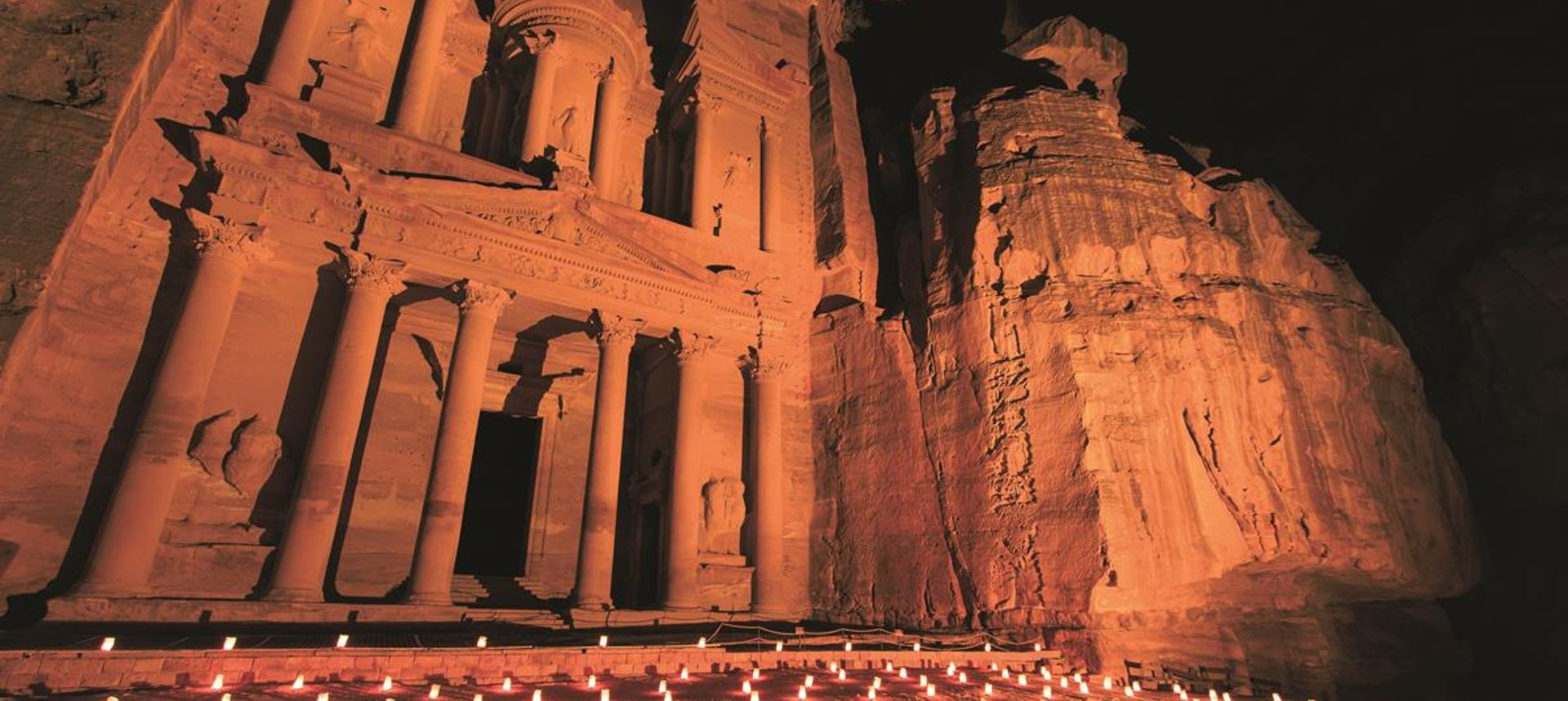 The Treasury at Petra Jordan lit at night during the night walk (dreamstime.com)
