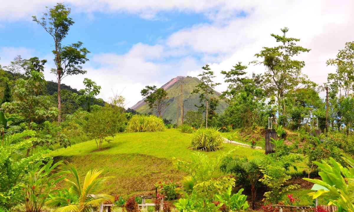 Arenal Volcano, Costa Rica (Dreamstime)