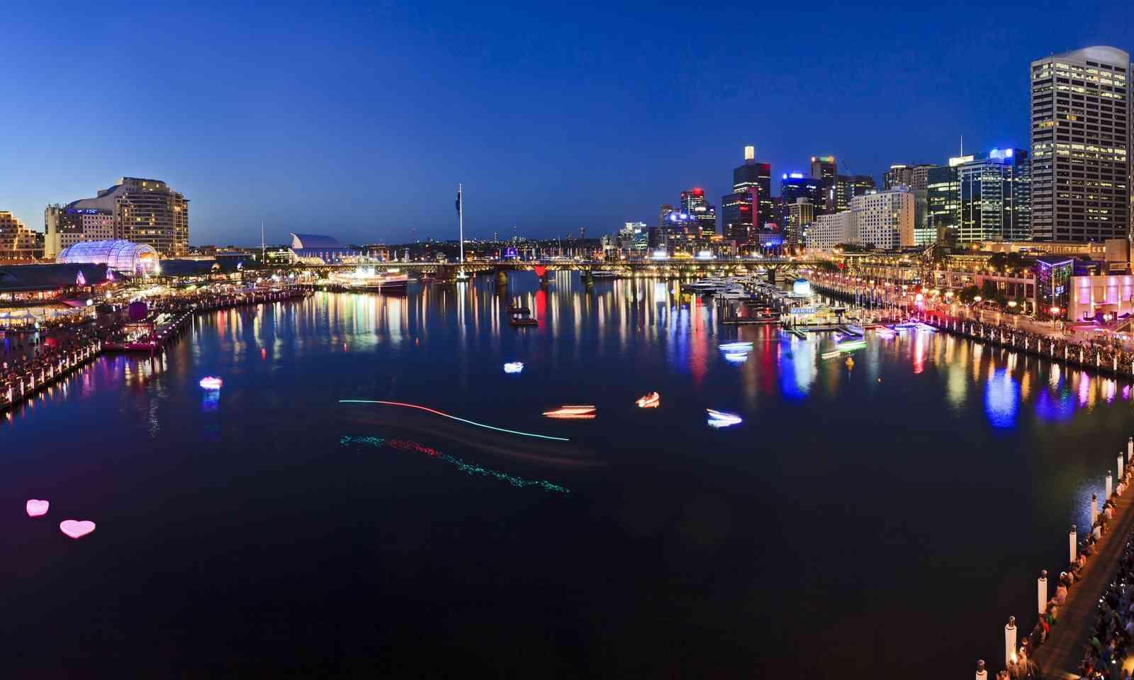 Darling Harbour at sunset (Dreamstime)