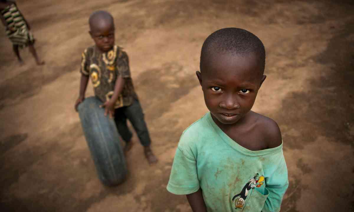 Village life in West Africa (Dreamstime)