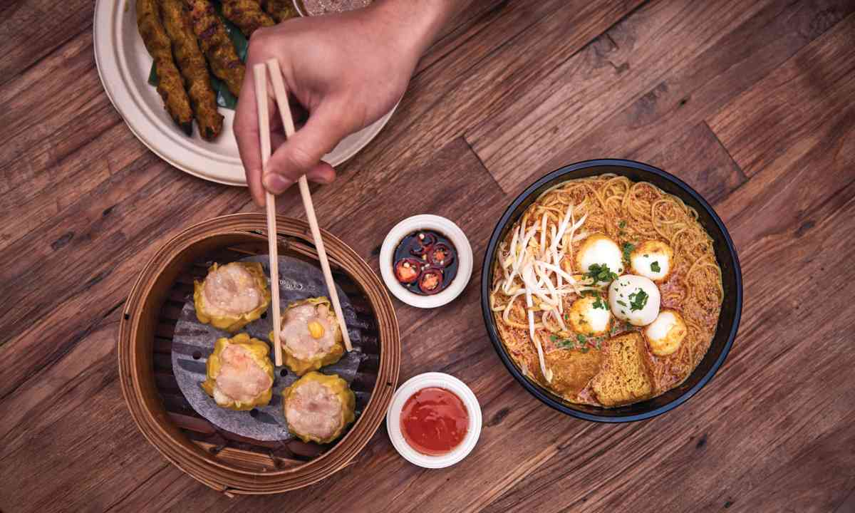 Hawker-style street food, Spice Alley (Tobias Rowles/Destination NSW)