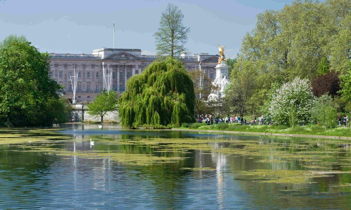 Garden Walk London: 7 Of The Best Walks In London