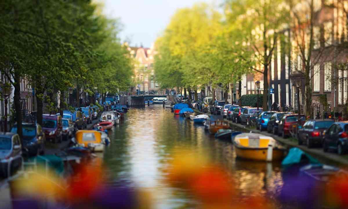 Laid back Amsterdam (Dreamstime)