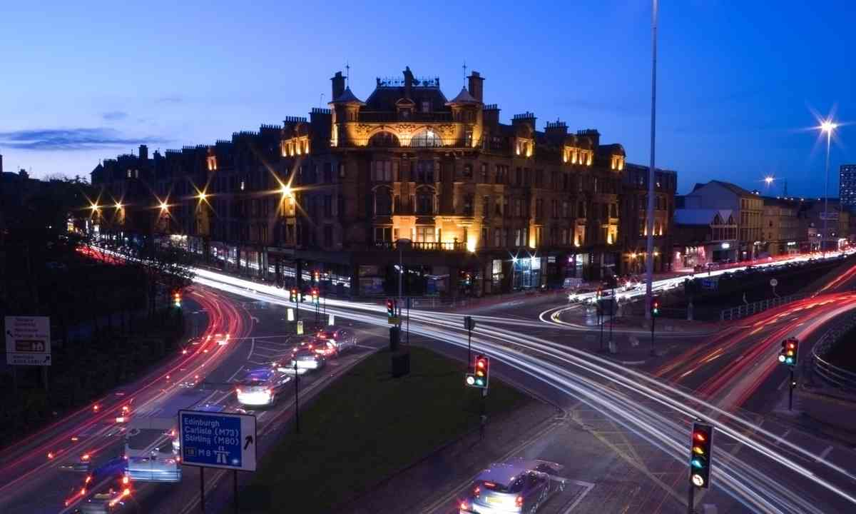 Glasgow streets at night (Dreamstime)