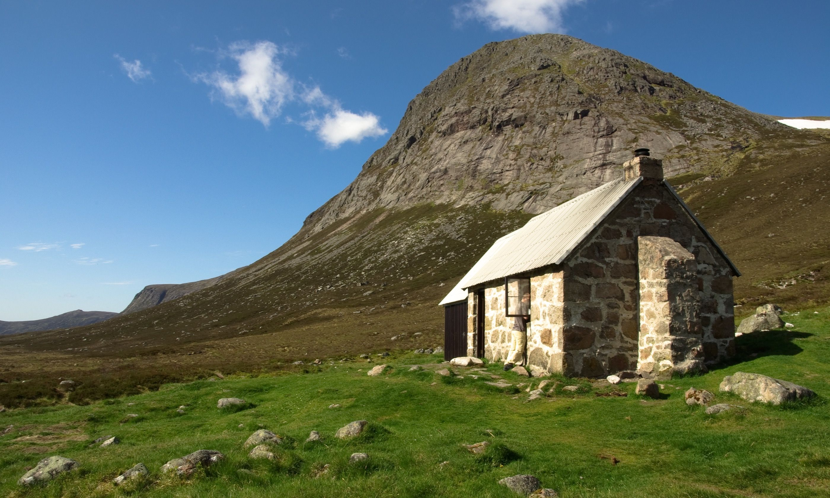 A bothy near Corrour (Dreamstime)