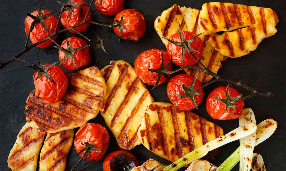 Grilled Halloumi cheese (Dreamstime)