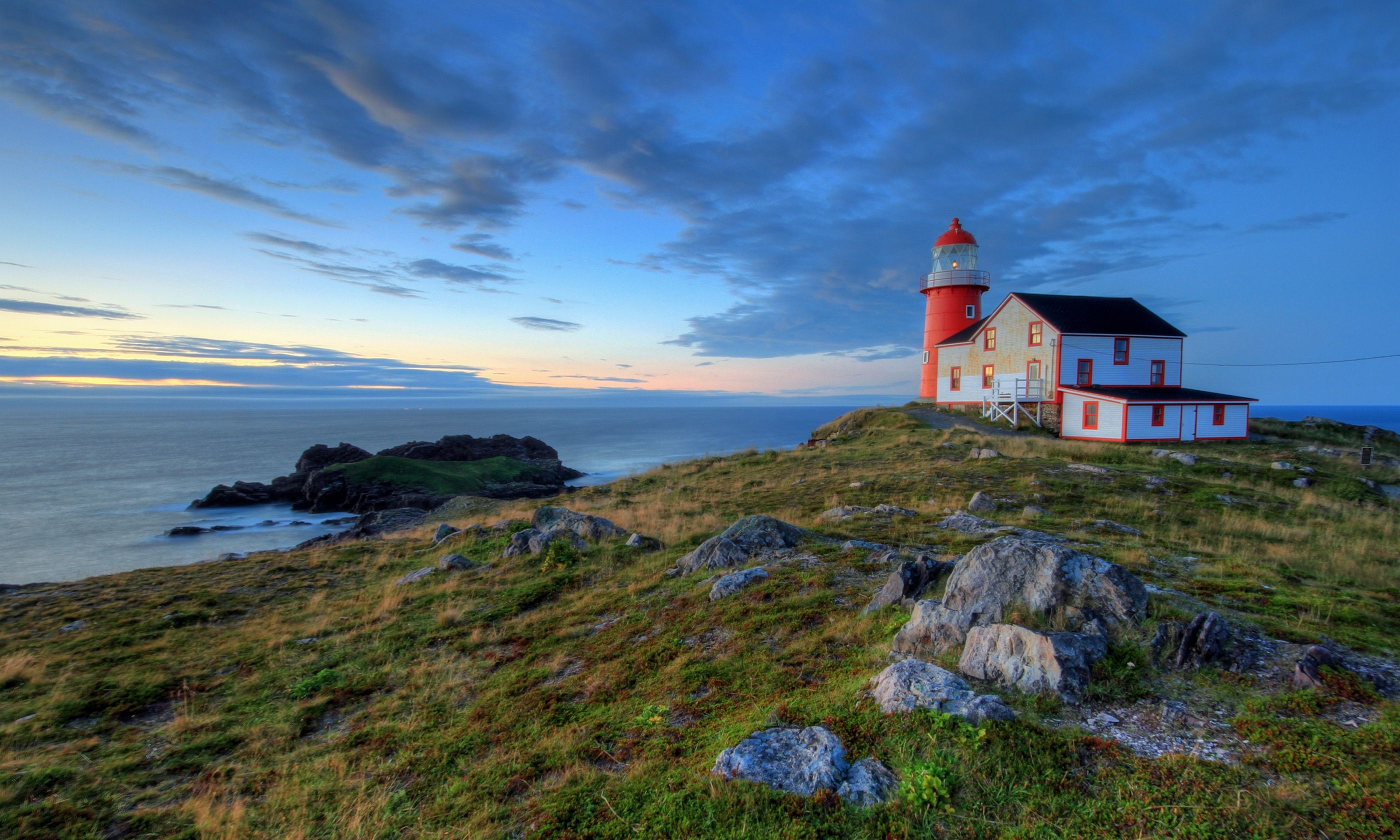 Lighthouse in Newfoundland (Shutterstock.com)