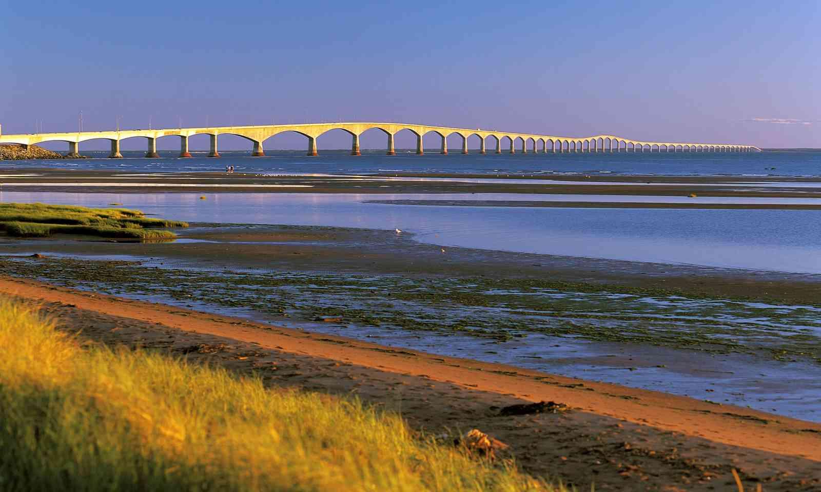 Confederation Bridge in Spring (Dreamstime)