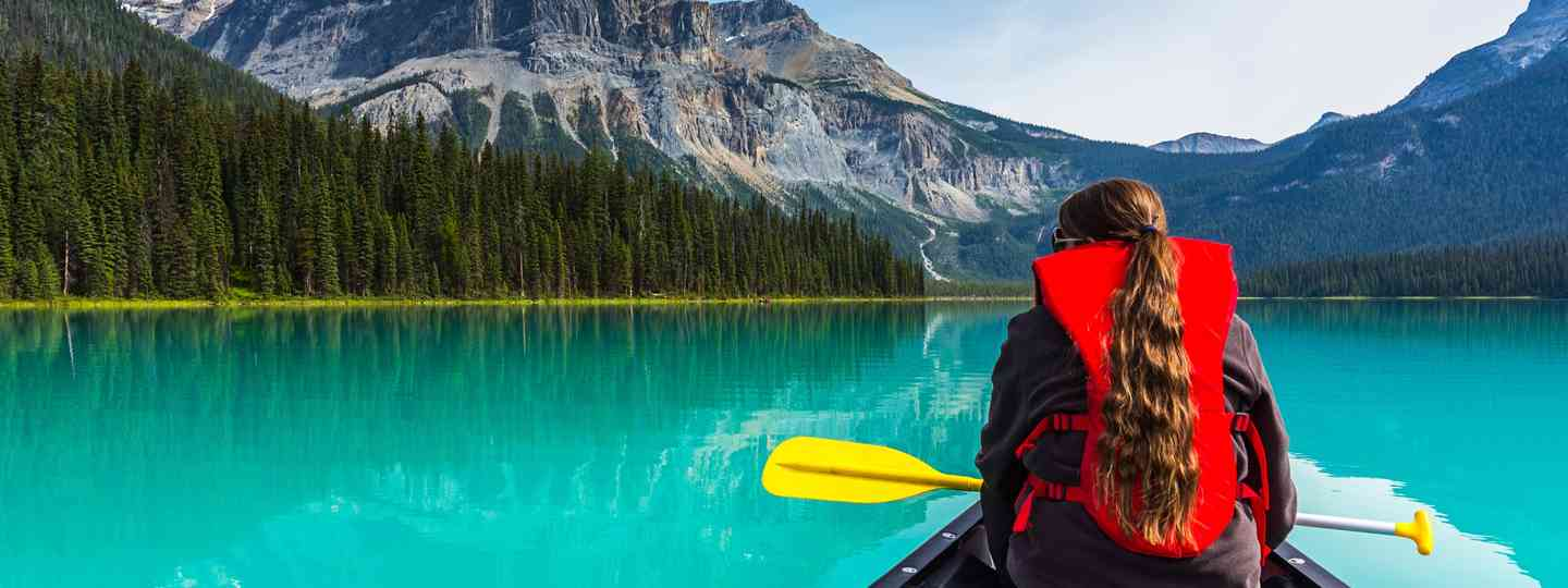 Main image: Canoeing on Emerald Lake (Shutterstock.com)
