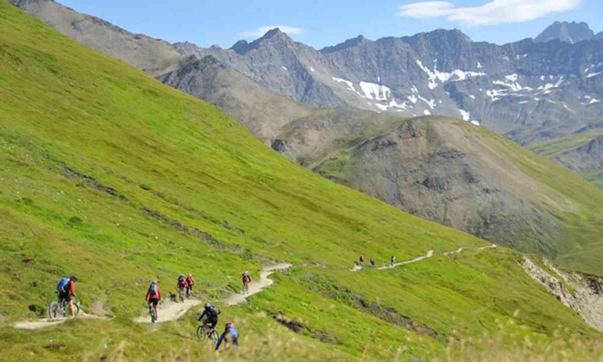 Mont Blanc (Shutterstock.com)