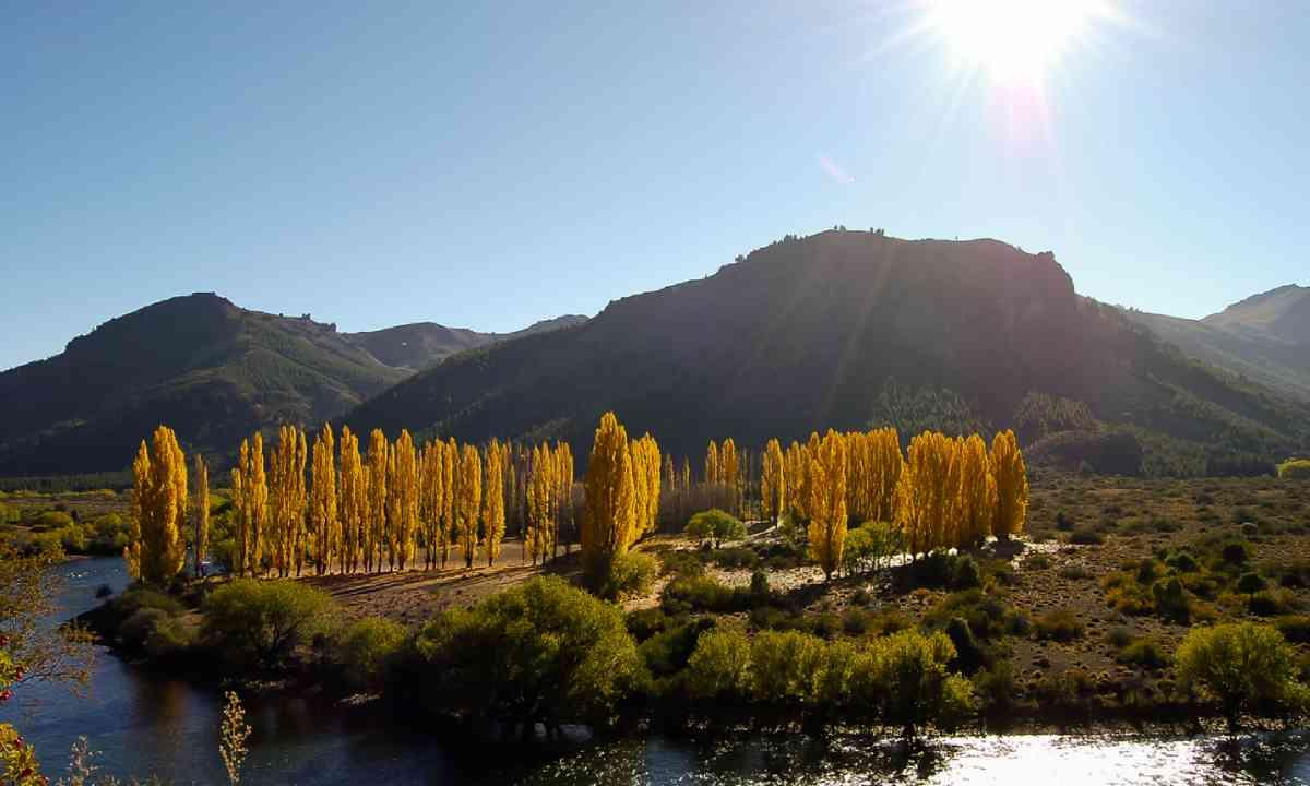 Autumn in Bariloche, Argentina (Shutterstock)