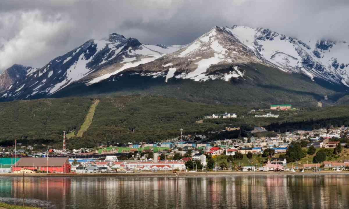 Ushuaia, Tierra del Fuego, Argentina (Dreamstime)
