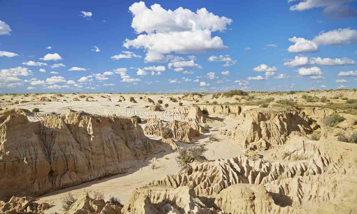 The Outback, Mungo National Park (Maxime Coquard/Destination NSW)