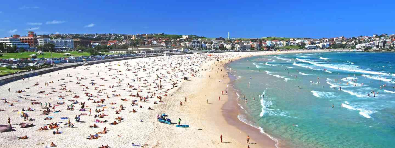 Sydney's iconic Bondi Beach (DestinationNSW.com)