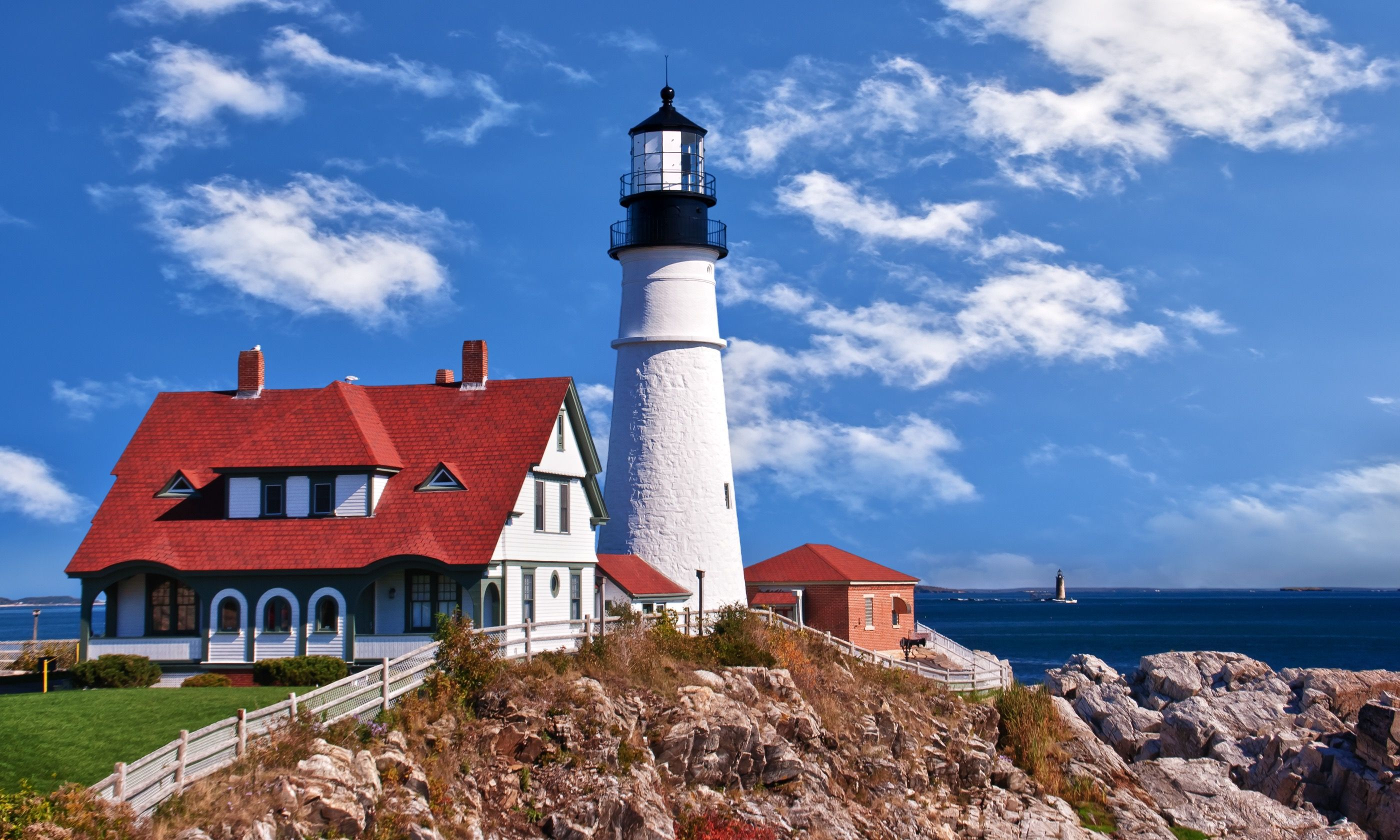 Picturesque Portland Head Lighthouse (Dreamstime)