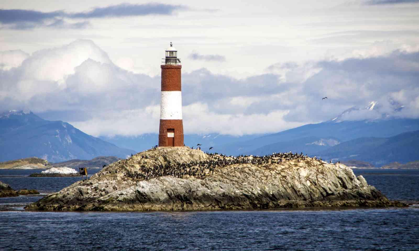 Les Eclaireurs lighthouse (Dreamstime)