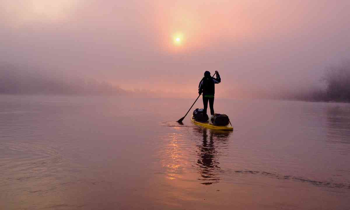 Paddle boarding at sunset (Ness Knight)