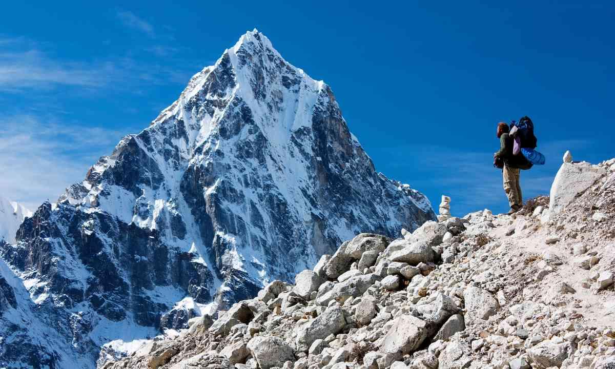 Trekker in the Himalaya (Shutterstock.com)