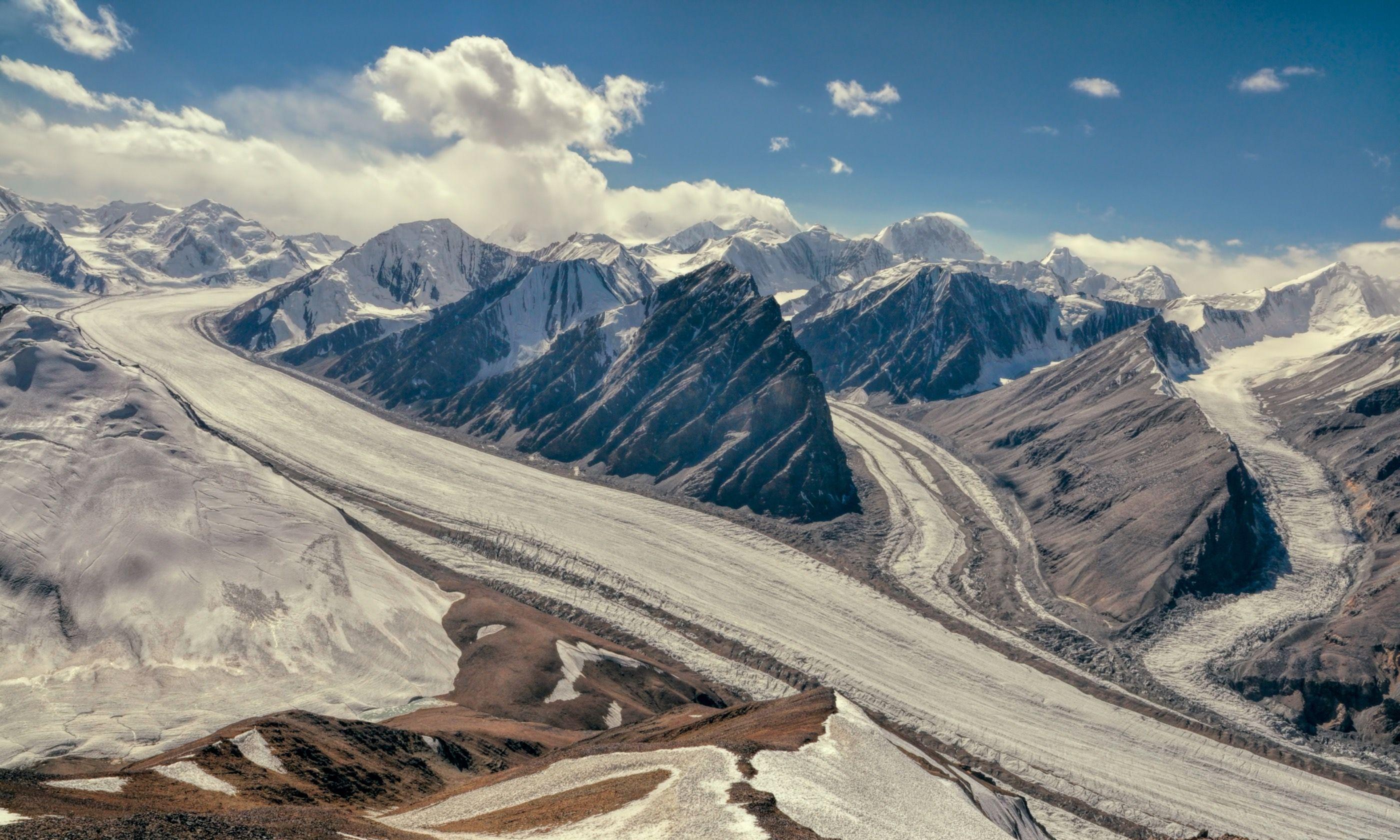 Fedchenko glacier in Tajikistan (Dreamstime)