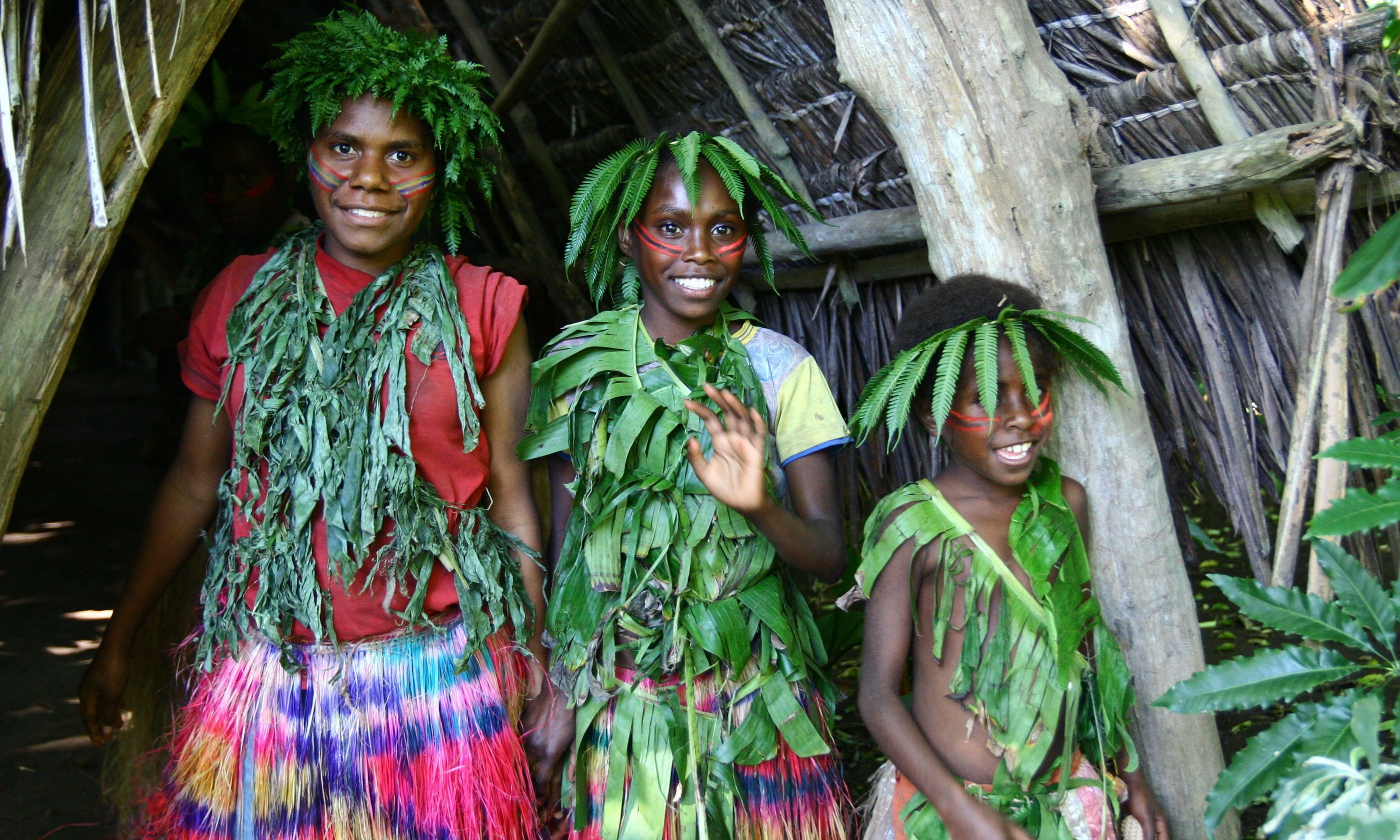 Village girls, Tanna (Dreamstime)