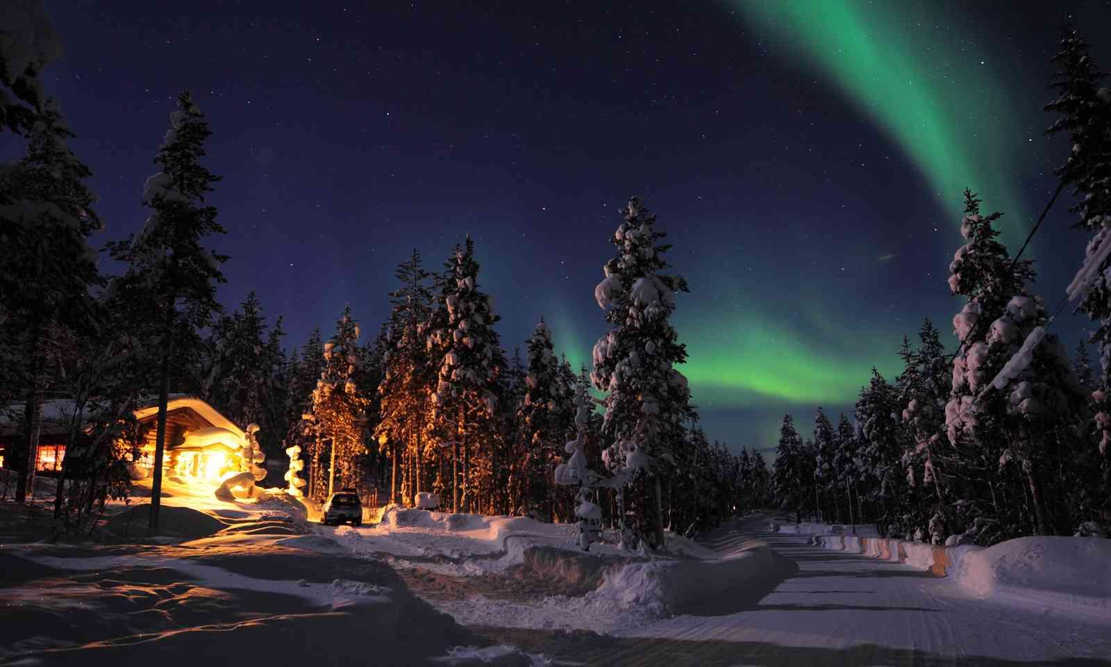 Northern Lights in Finland (Shutterstock.com)