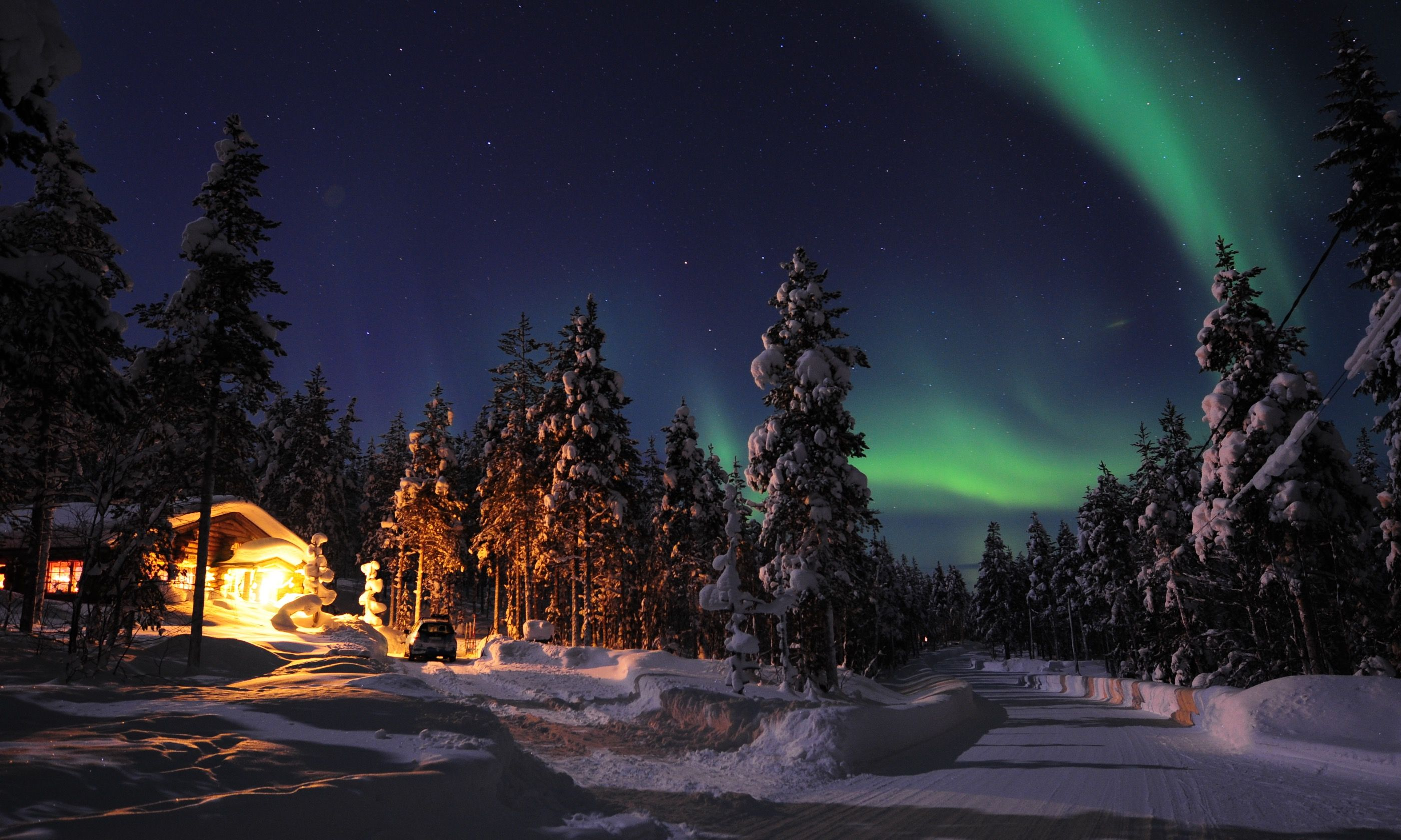 Northern Lights in Finland (Shutterstock.com)