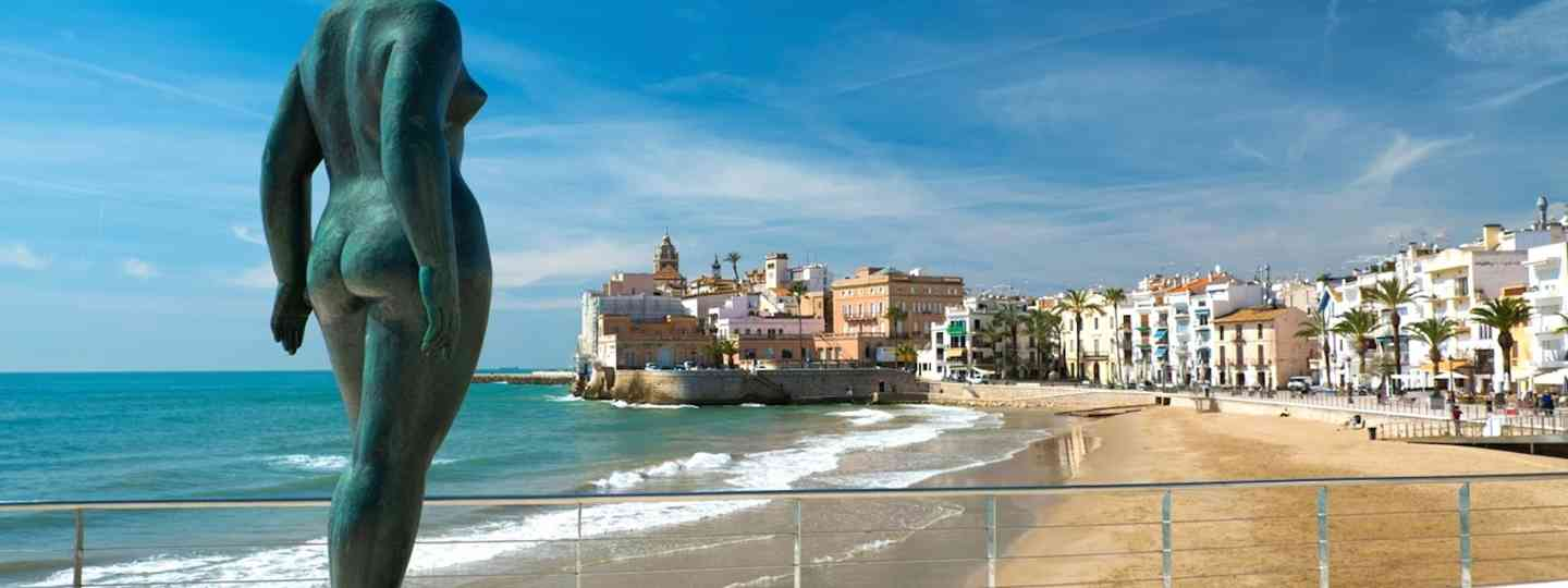 Statue at Sitges (Dreamstime)