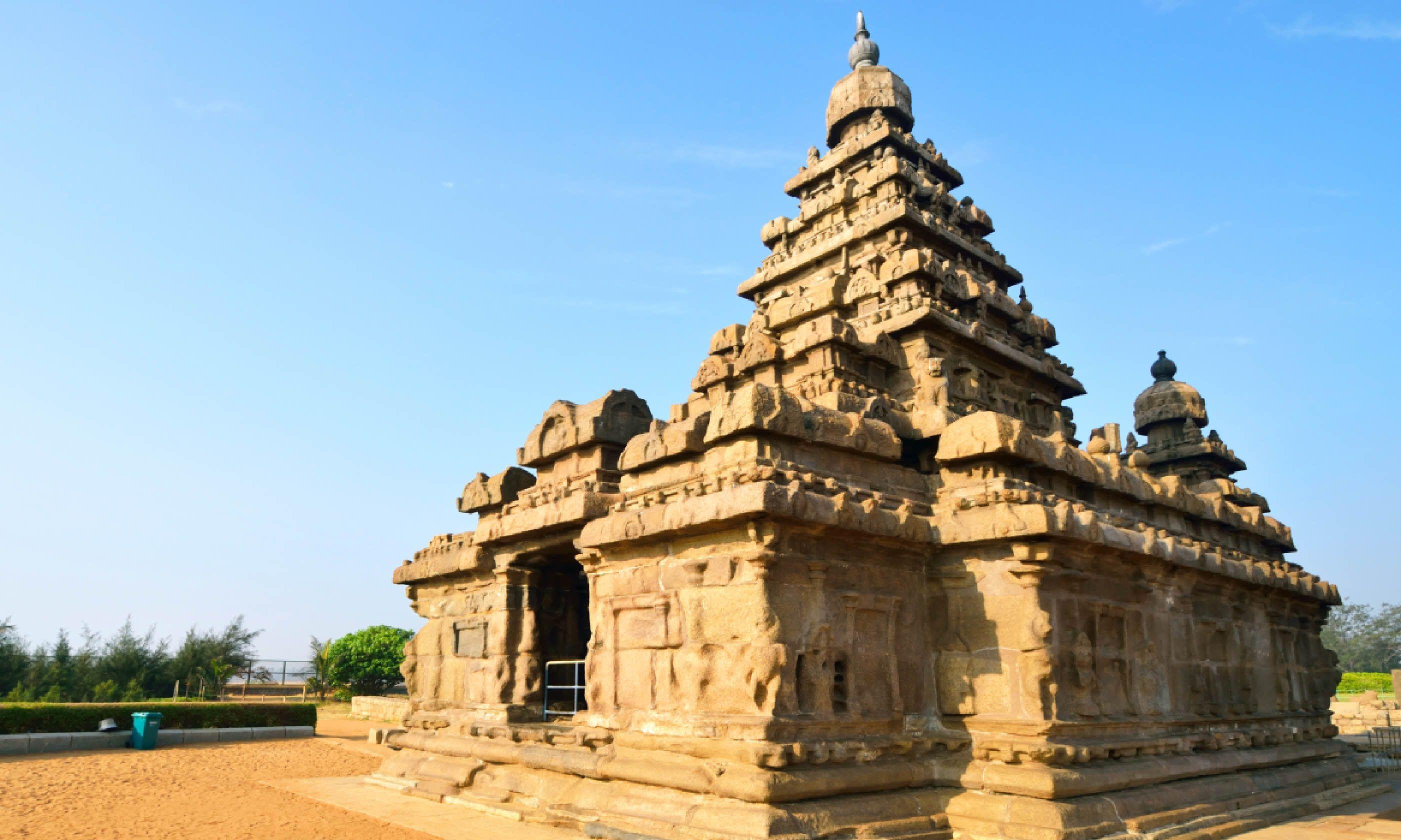Shore Temple, Mahabalipuram, India (Dreamstime)