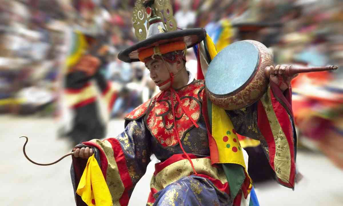 Dancer at the Paro Festival (Dreamstime)
