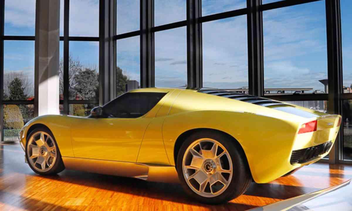 A Miura in the Lamborghini Museum (Lamborghini.com)