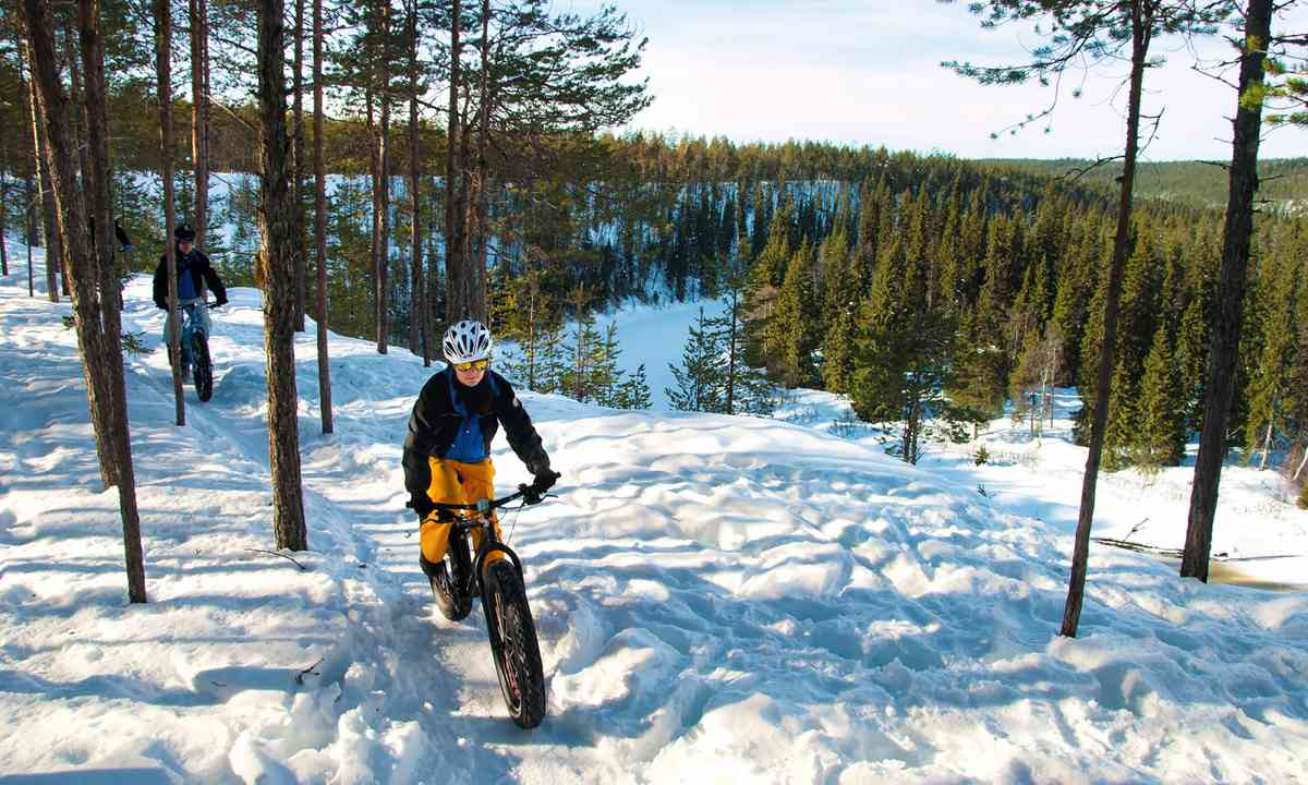 Fat biking in the Finnish snow (Exodus Travels)