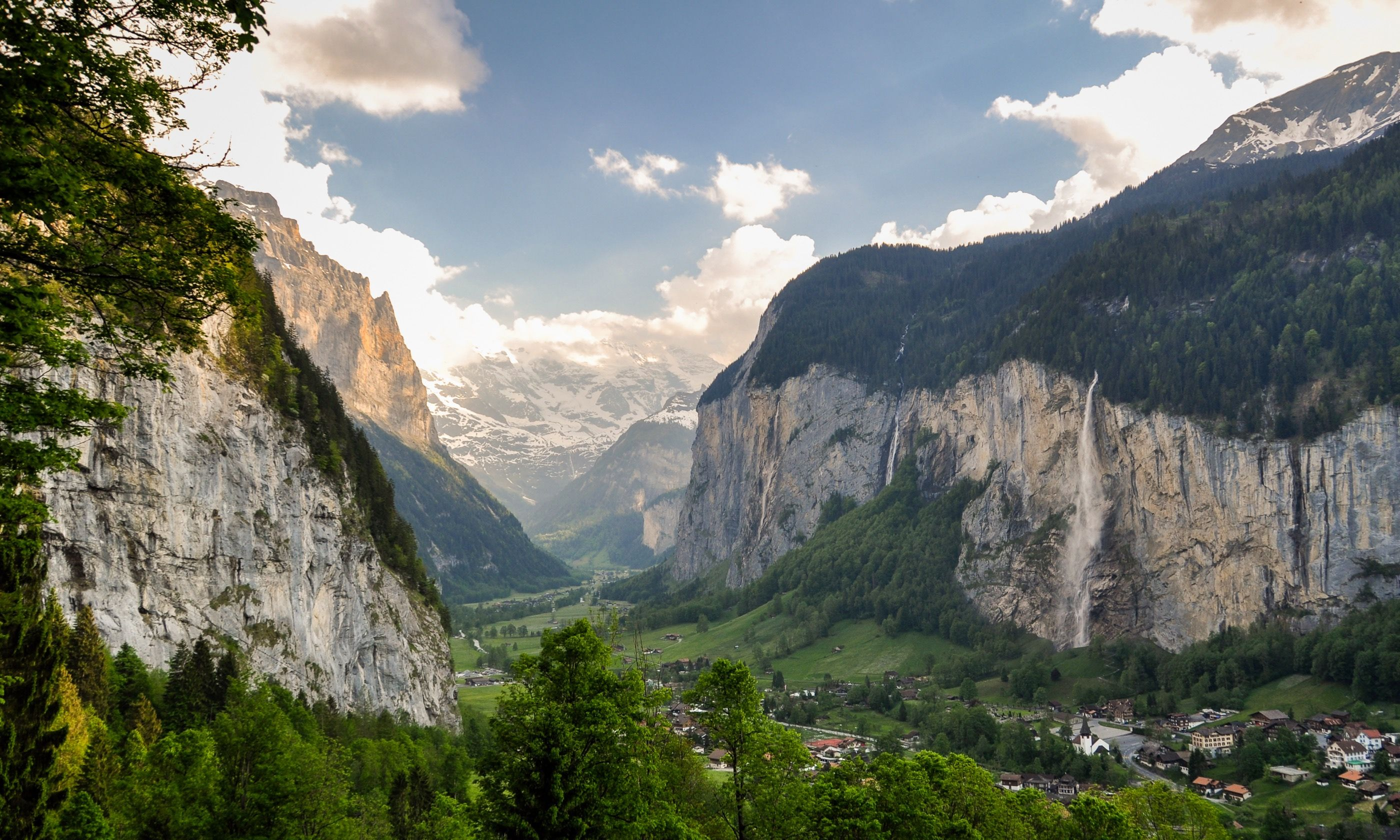 Lauterbrunnen Valley in Switzerland (Dreamstime)