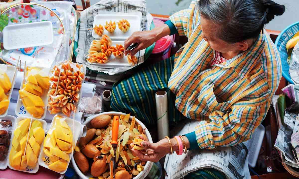 Bangkok street food (Shutterstock.com)