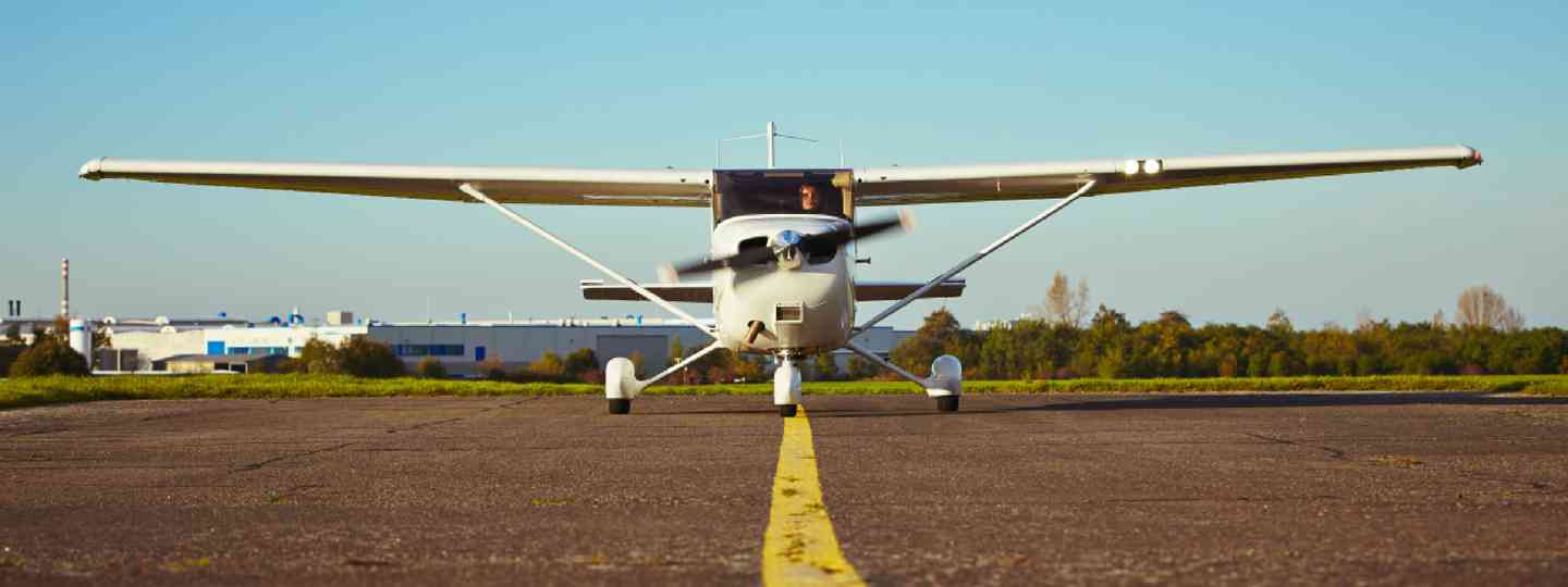 Light aircraft preparing for takeoff (Shutterstock)