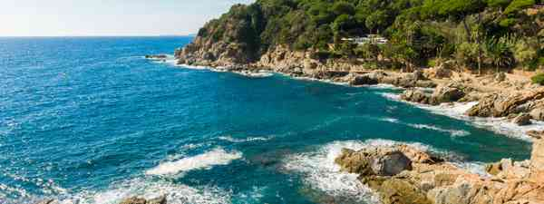 Wild coastline of Costa Brava (Dreamstime)