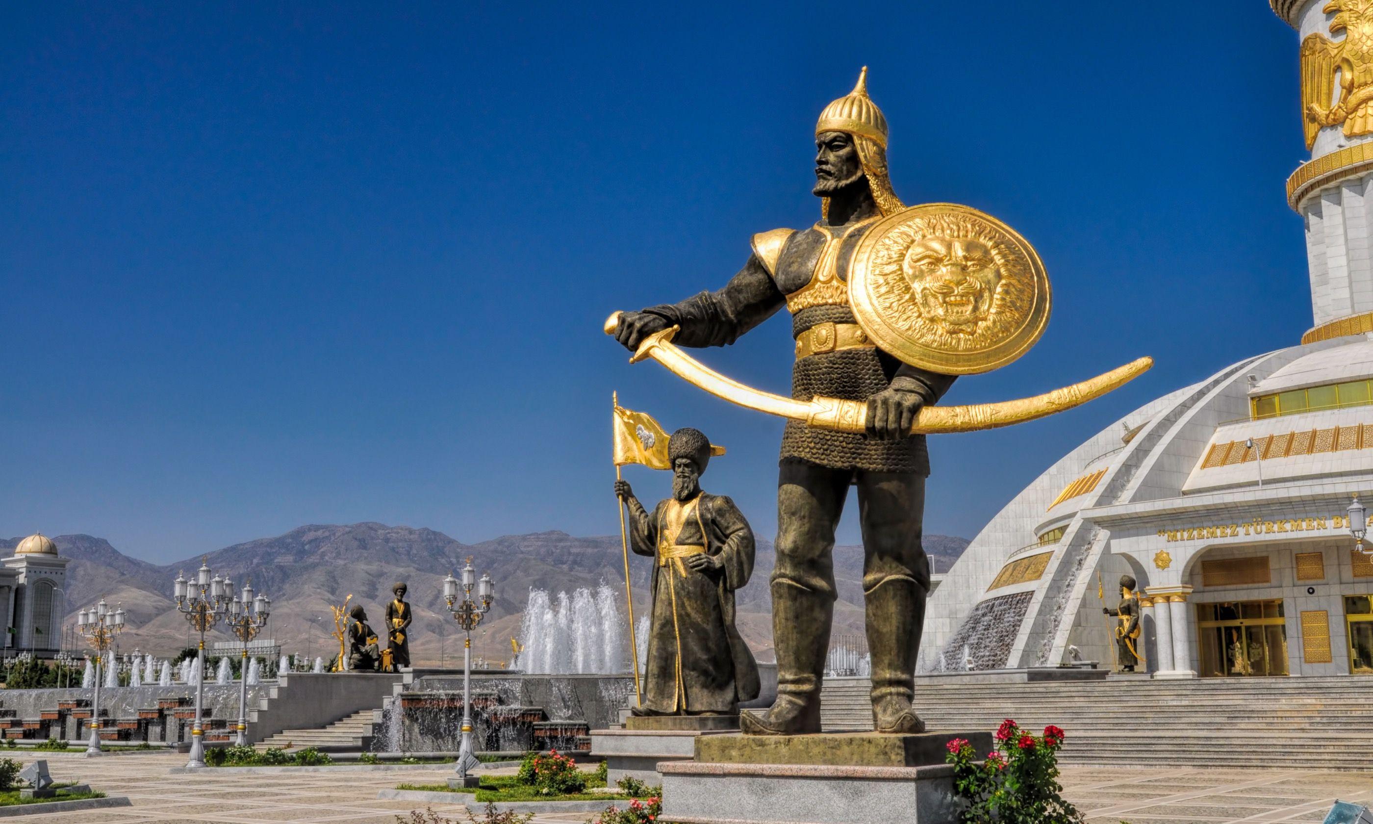Independence monument in Ashgabat, Turkmenistan (Dreamstime)