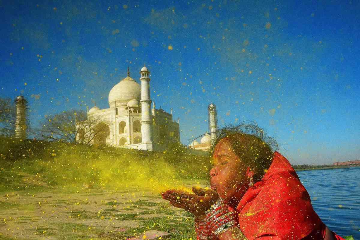 Taj Mahal (Sanghamitra Sarkar)