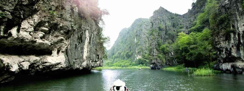 Tourist boat in Vietnam (Shutterstock)