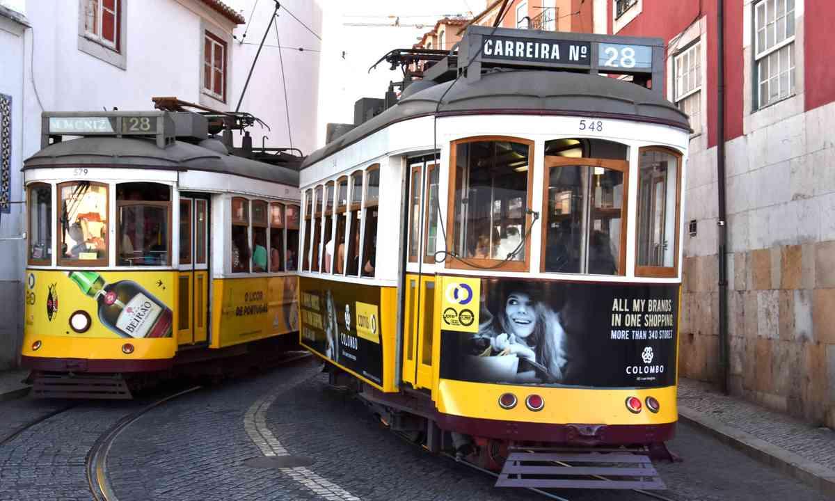Trams in Lisbon (Dreamstime)