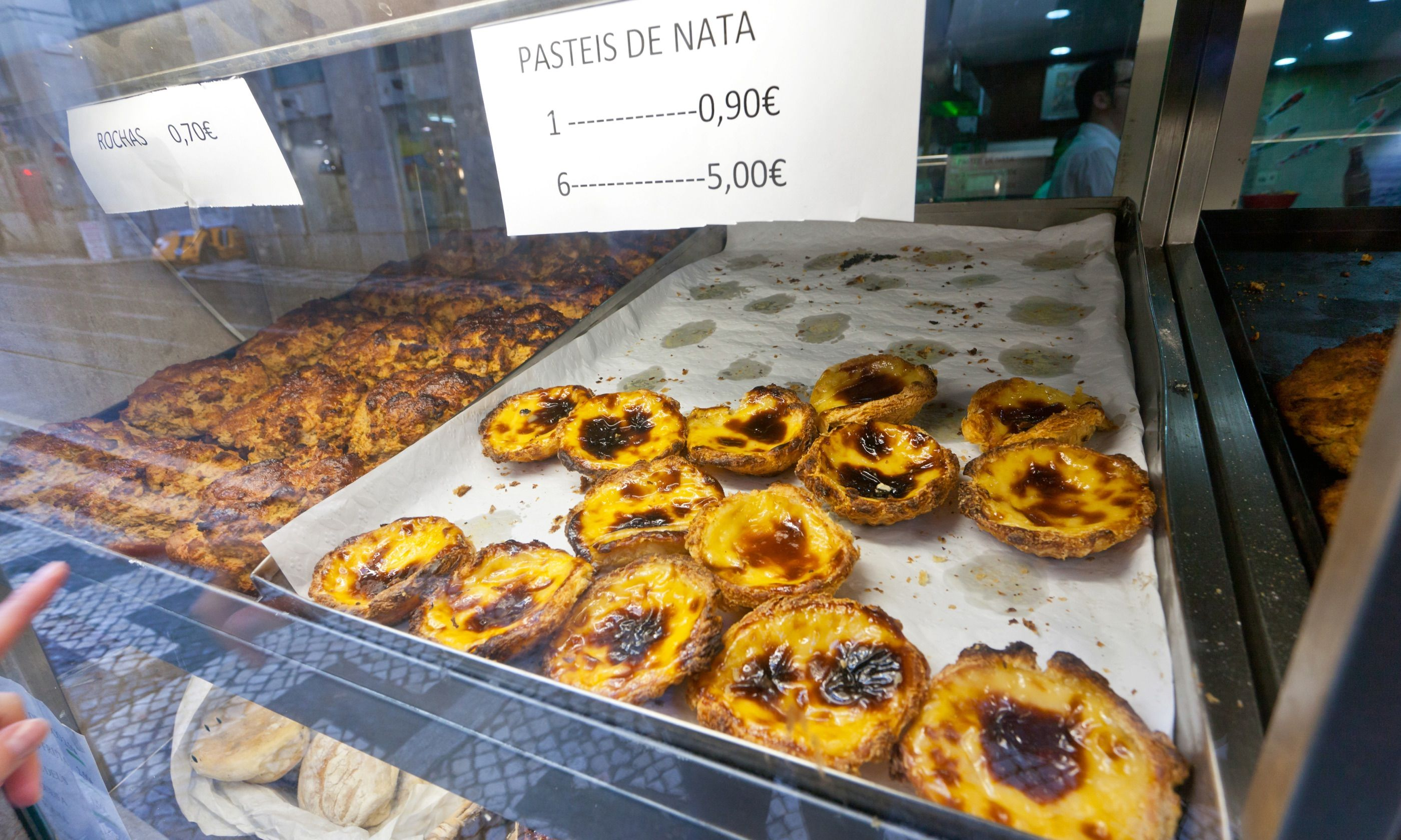 Pastries in Lisbon (Dreamstime)