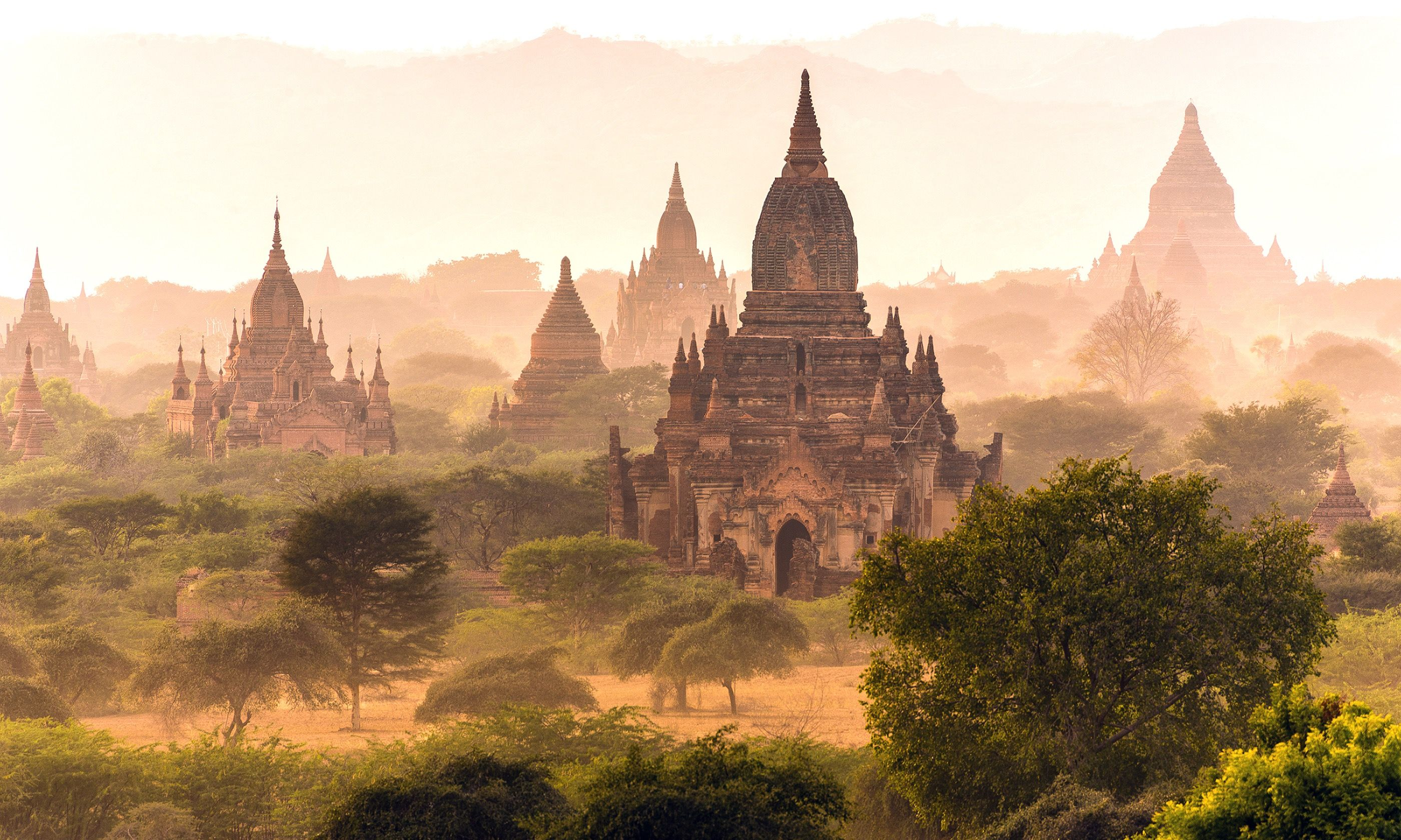 The Plain of Bagan (Shutterstock.com)