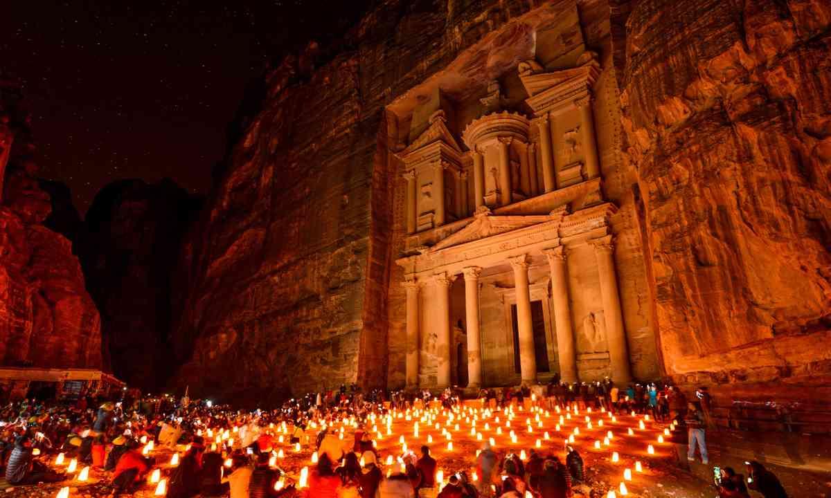 Petra Treasury at night (Shutterstock.com)
