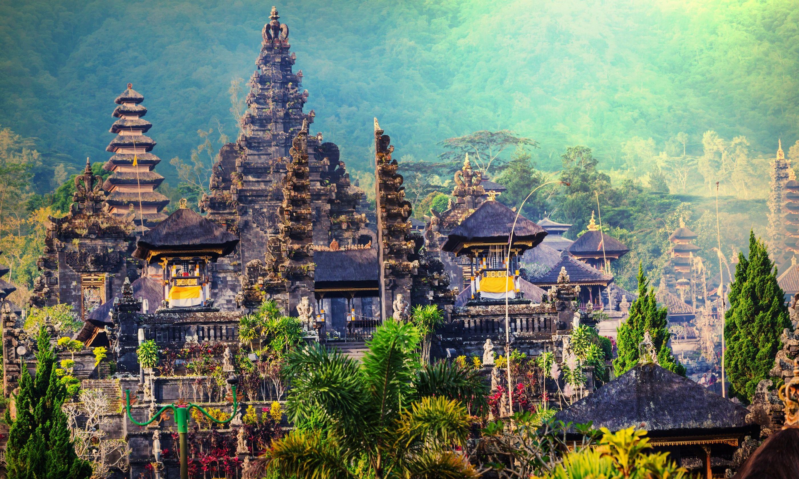Pura Besakih Temple, Bali (Shutterstock.com)
