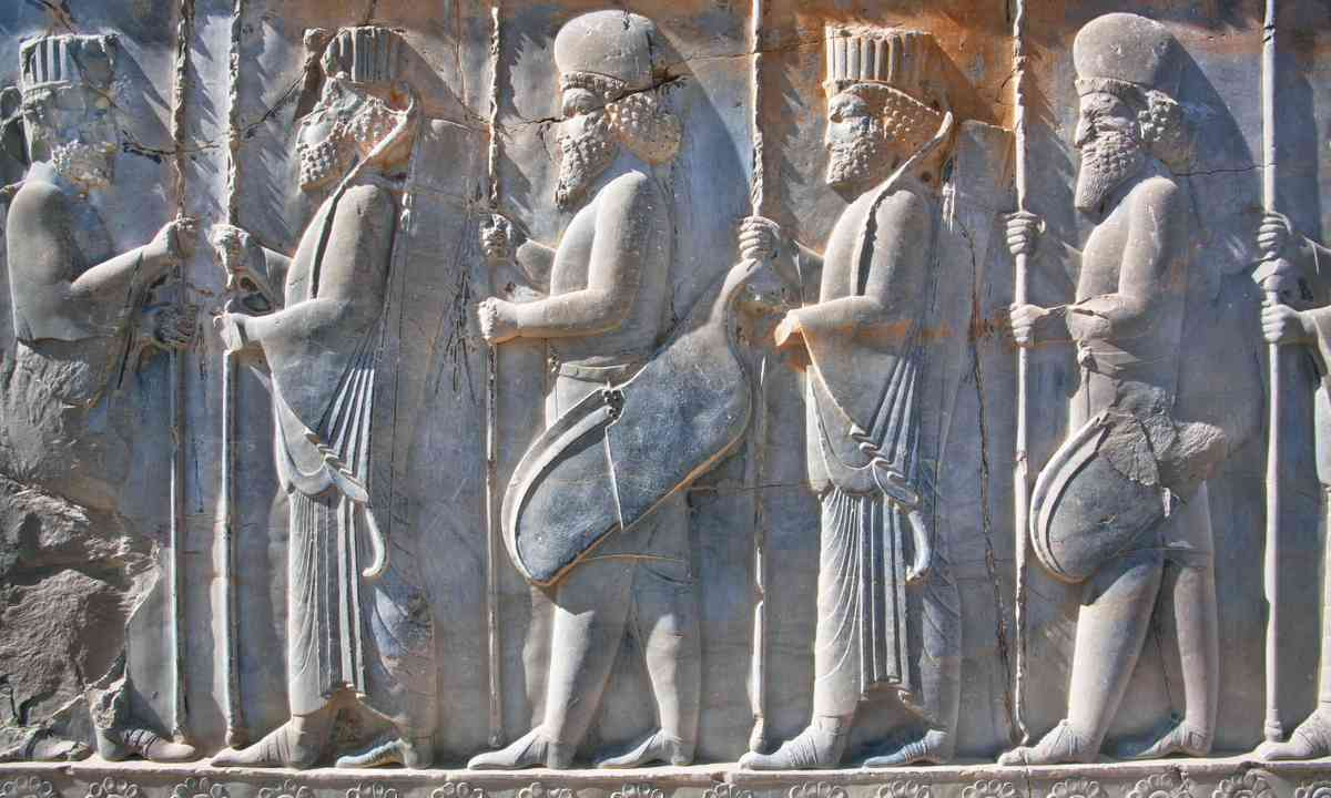 Persepolis frieze (Shutterstock.com)