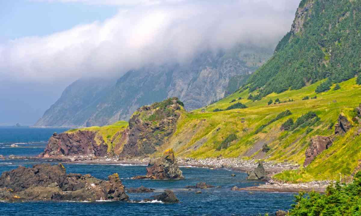 http://www.shutterstock.com/pic-160529198/stock-photo-coastline-of-the-green-gardens-trail-in-gros-morne-national-park.html?src=Q3uygHOu83zfxxbqDnbYKw-1-0