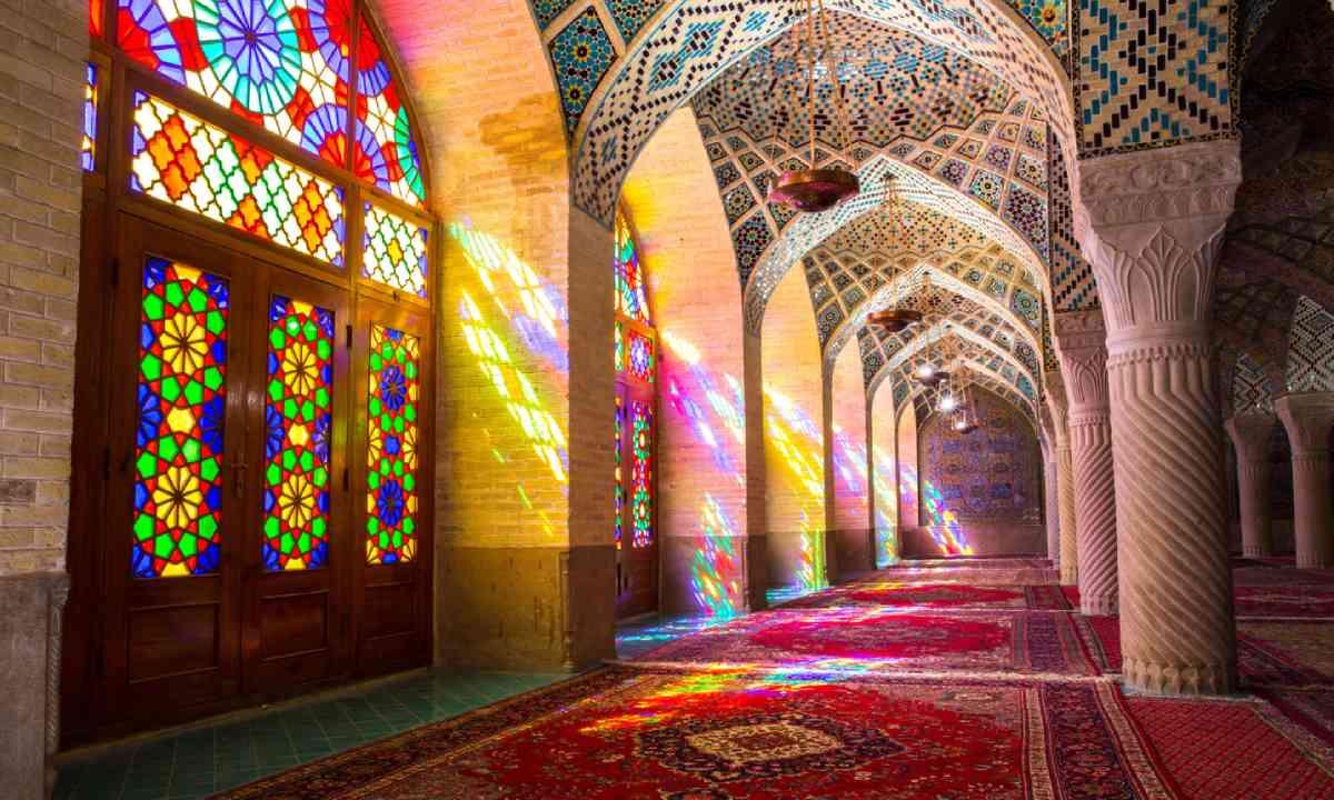 Nasir Al-Mulk Mosque in Shiraz, Iran (Shutterstock)