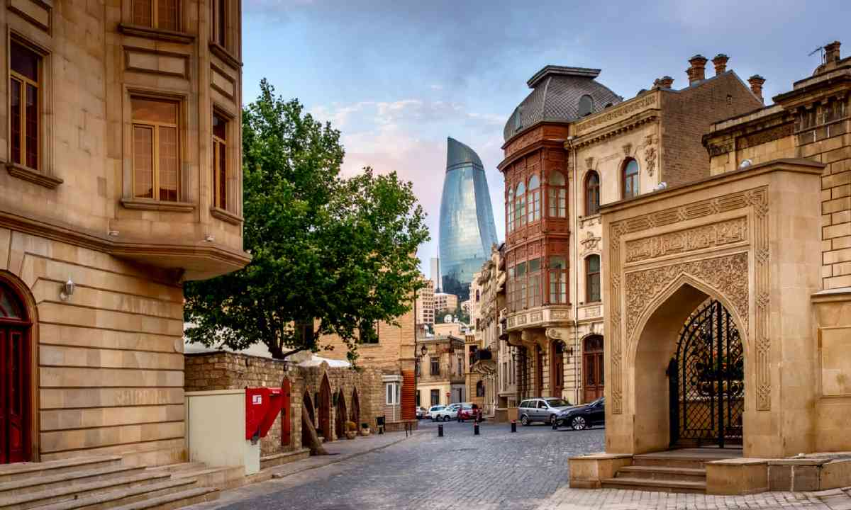 Icheri Sheher in Baku, Azerbaijan (Shutterstock)