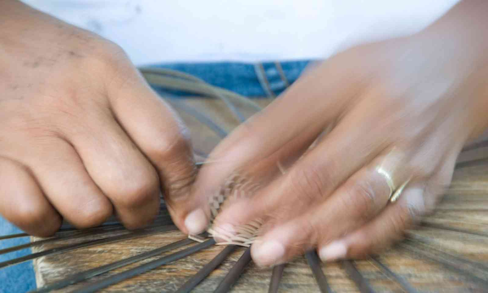 Traditional weaving (kalinagoterritory.com)